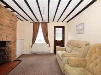2 bed cottage in Weavering, Maidstone
