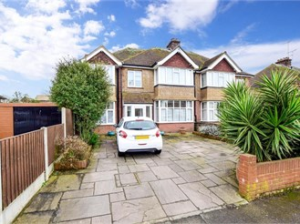 5 bed semi-detached house in Margate