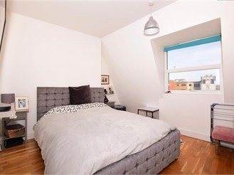 2 bed second floor apartment in Ramsgate