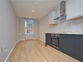 1 bed flat in