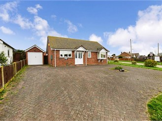 2 bed detached bungalow in Herne Bay