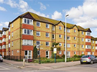 1 bed first floor retirement flat in Herne Bay