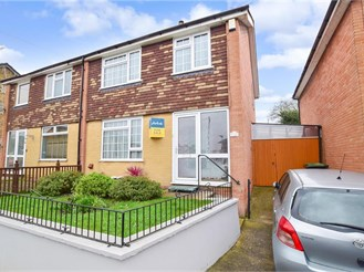 3 bed semi-detached house in Snodland