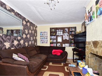 3 bed terraced house in Twydall, Gillingham