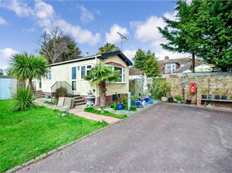 2 bed park home in Monkton, Ramsgate