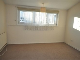 1 bed house in Room 2, 82 Phoenix Place