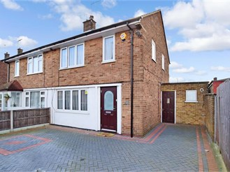 3 bed semi-detached house in Erith
