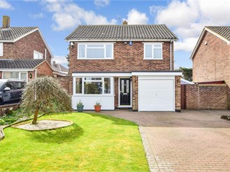 3 bed detached house in Maidstone