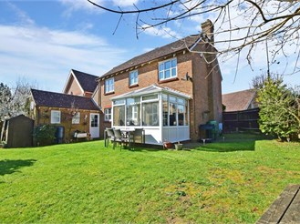 4 bed detached house in Snodland