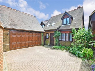 4 bed detached house in Milton Regis, Sittingbourne