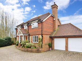 4 bed detached house in Weavering, Maidstone