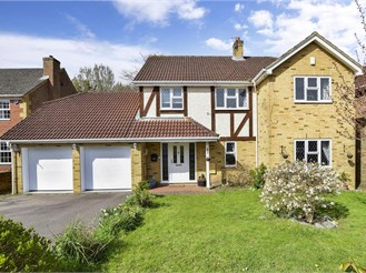 4 bed detached house in Hempstead, Gillingham