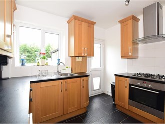 3 bed terraced house in Hollingbourne, Maidstone