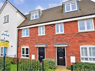 3 bed town house in Maidstone