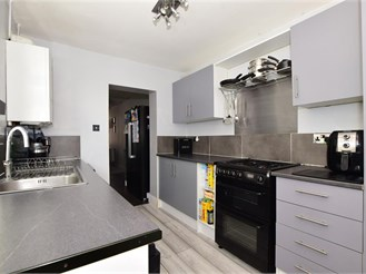 3 bed terraced house in Gillingham