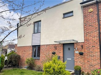 3 bed terraced house in Maidstone