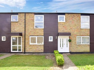 4 bed terraced house in New Ash Green, Longfield