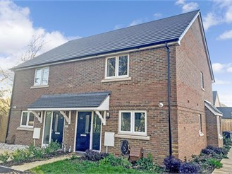 2 bed attached house in Sturry