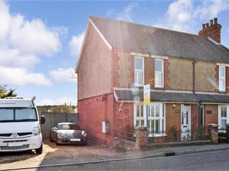 2 bed semi-detached house in Brenzett