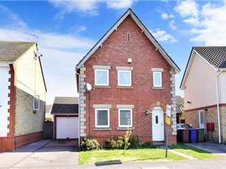 3 bed detached house in Kemsley, Sittingbourne