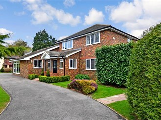 5 bed detached house in Hartlip, Sittingbourne